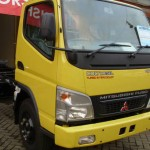 mitsubishi canter fe 74 hd truck chasis body truk enam ban outlet mitsubishi truk kuning